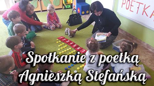 Spotkanie z poetką Agnieszką Stefańską w Przedszkolu Iskierki w Krzeszowicach